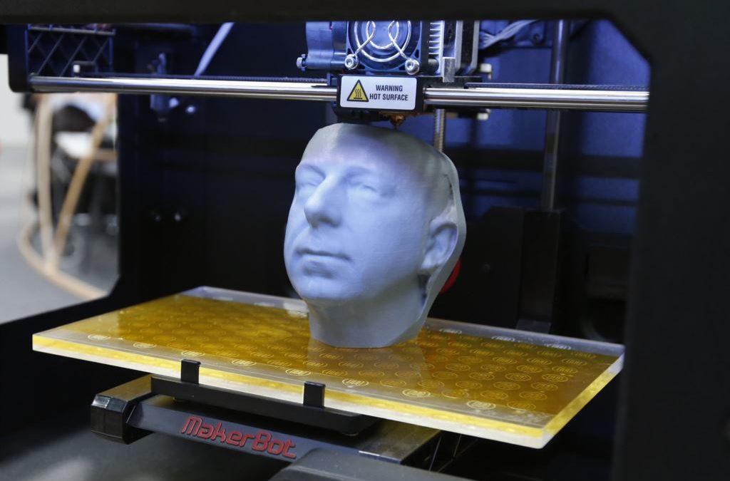 Imprimantes 3D, Prototypage rapide, Fabrication additive, qu'est-ce qui est quoi?